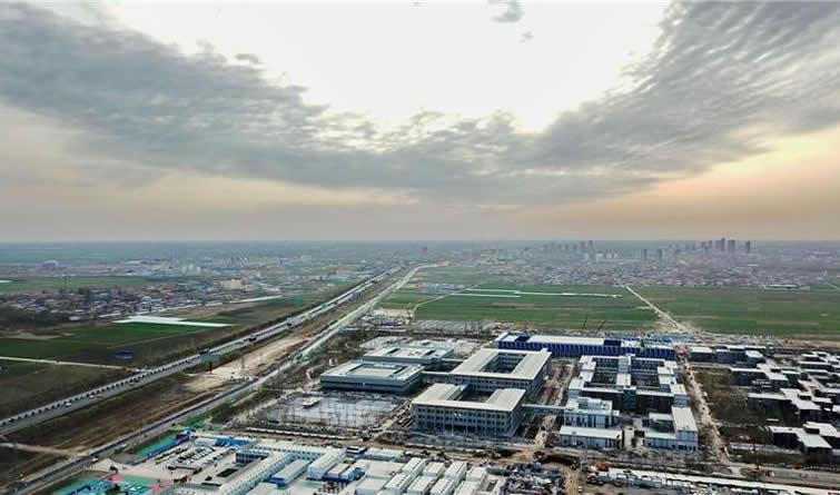 """触摸""""未来之城""""的绿色智慧脉搏<br>——走进河北雄安新区首个大型建筑群"""