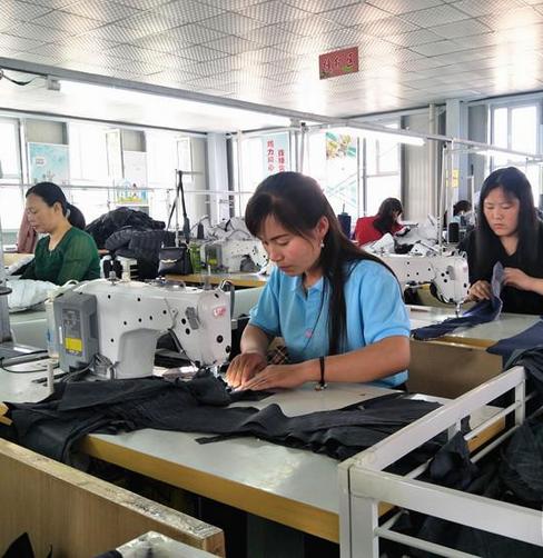 """邯郸首创""""扶贫微工厂""""就业扶贫模式"""
