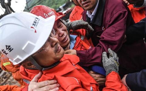 辽宁本溪铁矿事故:已有23名被困者成功获救