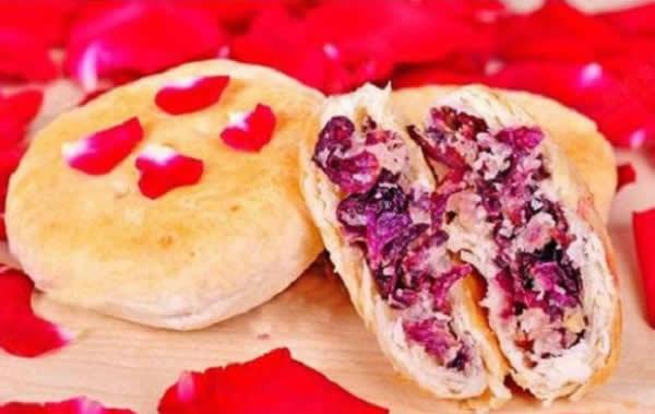 承德特色美食之鲜花玫瑰饼