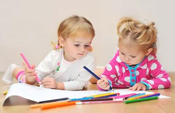 学龄前儿童每天活动应达3小时