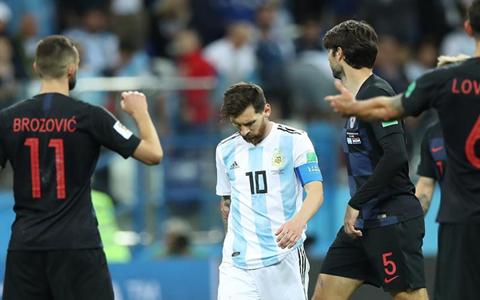 【世界杯】超级冷门!阿根廷惨败克罗地亚 梅西回天乏术