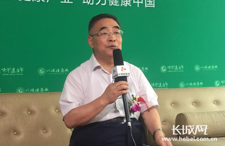张伯礼:培养健康生活方式 努力提高生存质量