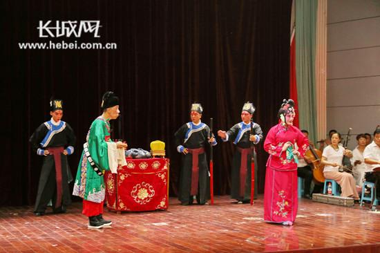 邯郸市东风剧团走进河北工程大学