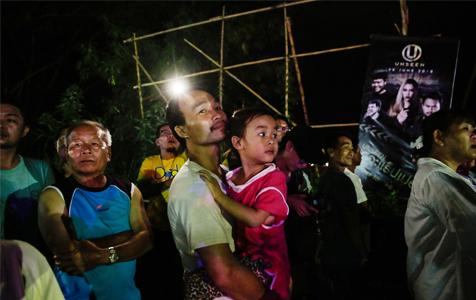 第二批泰国少年足球队员获救 目前已有8人获救