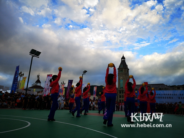 崇礼区2018户外运动节暨体育彩色周末市民篮球联赛开幕