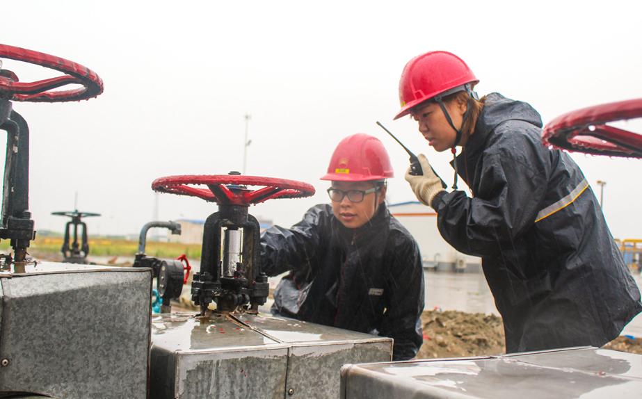 冀东油田多措并举强化雨季安全生产