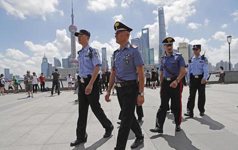 意大利警察又来上海外滩巡逻了!