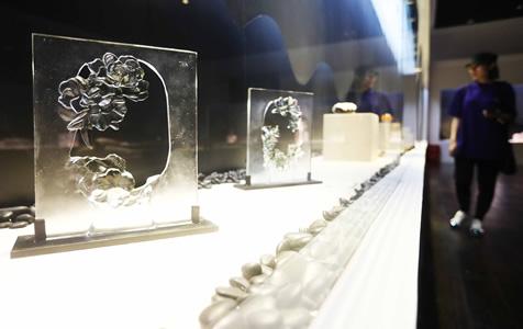 """""""华彩初凝---2018中国学生玻璃作品展""""亮相河北秦皇岛"""""""