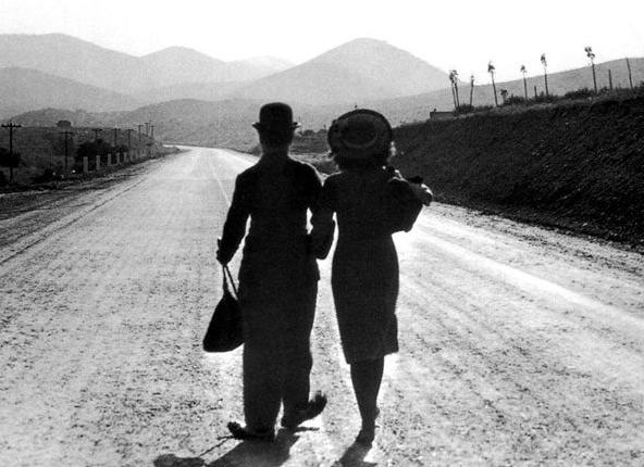 经典电影——《摩登时代》