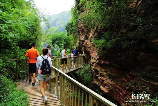 邢台县全域旅游发展再添新景 凤凰崖景区正式对外营业