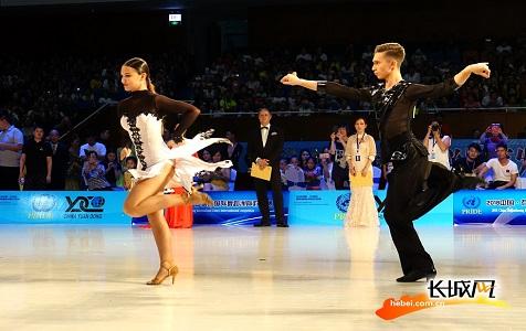 一组图告诉你在河北举行的国际舞蹈对抗赛有多精彩