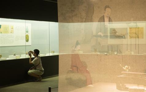 """""""长物为伴·宋明文人之雅致生活""""展览在杭州举行"""