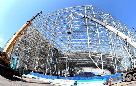世界最大跨度单体异形PE膜结构封闭料场邢台开建