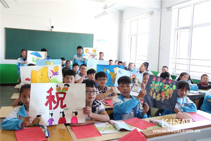 秦皇岛税法宣传走进开学第一课