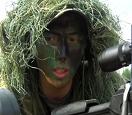实拍中国枪王特训:苦练大米穿针,枪口竖弹壳瞄准2小时不眨眼