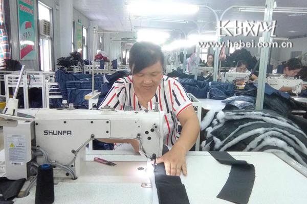 魏县:扶贫微工厂252家 带动就业人口1.4万余人