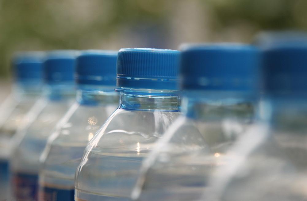 多款矿泉水被曝光含潜在致癌物