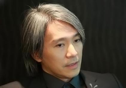 陈奕天称周星驰是喜剧演员的楷模 模仿大话西游片段痛哭流涕