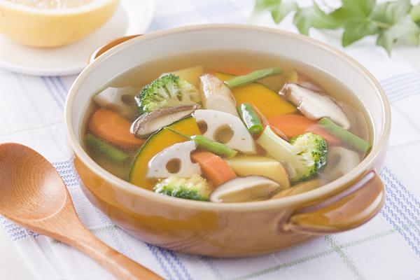 秋吃莲藕养胃防慢病好处多多