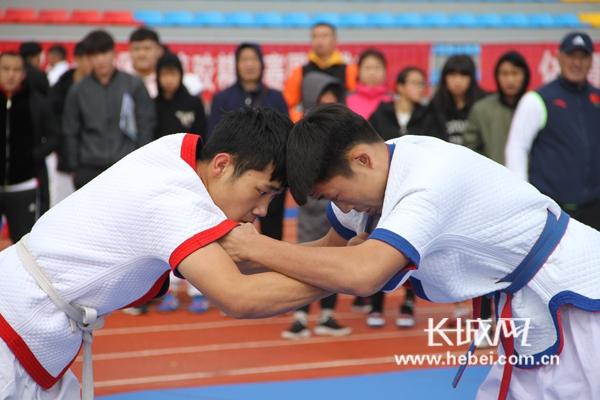 2018年高中中国式摔跤精英赛在沽源完赛全国马鞍山市图片