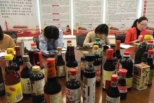 """海天、李锦记都有问题!120款酱油送检,有的不该叫""""酱油""""!"""