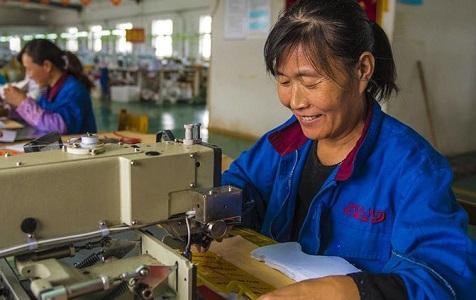 河北枣强:扶贫企业助力脱贫攻坚