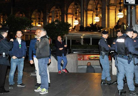 罗马一地铁站自动扶梯发生事故20人受伤