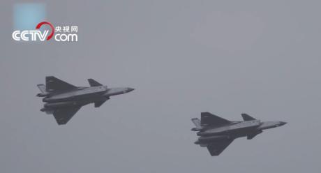 央视独家采访歼-20飞行员:解密航展飞行特别之处
