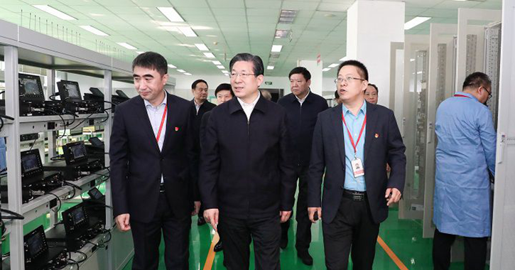 王东峰:大力支持服务民营经济创新发展