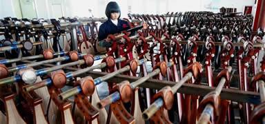 河北肃宁:民族乐器畅销海内外