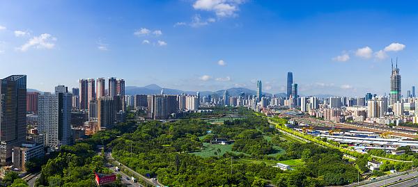 生态环境部:10月北京上海青海大气污染举报占比超七成