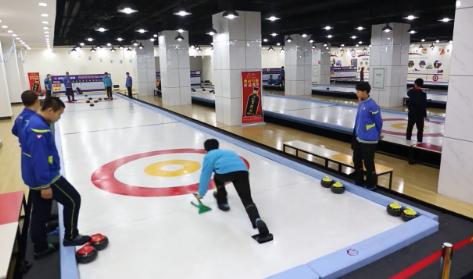 [视频]屈福华:推广陆地冰壶运动 助力2022年冬奥会