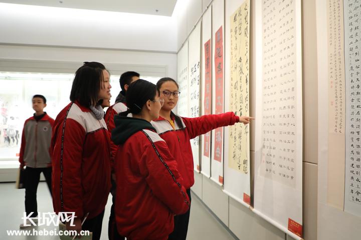 冀州区举办庆祝改革开放40周年书画摄影展