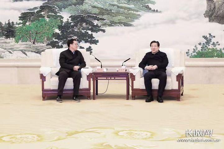 王东峰与国务院港澳办主任张晓明举行工作座谈