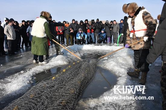 张家口沽源县首届冰雪文化节开幕