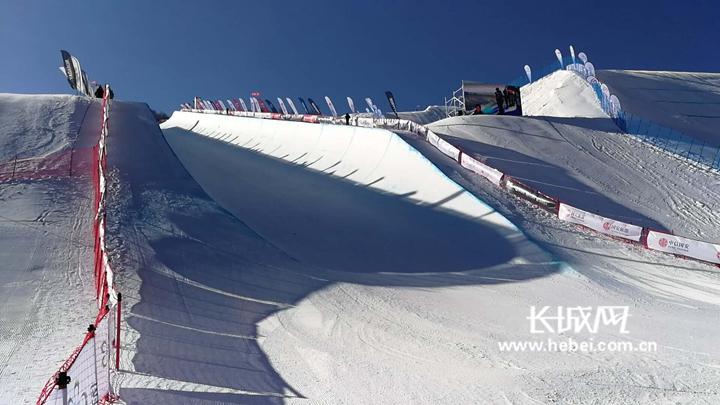 教你看懂滑雪U型场地技巧赛