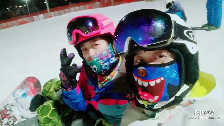 【冰雪日志】夜滑,雪场上的别样风景