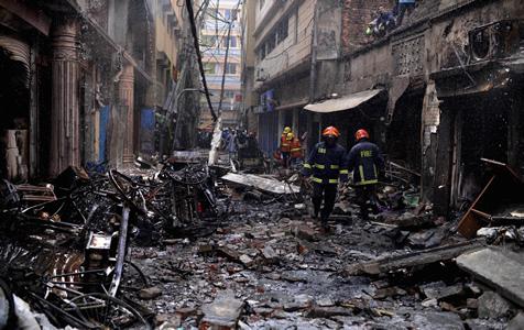 孟加拉国首都火灾导致至少81人丧生