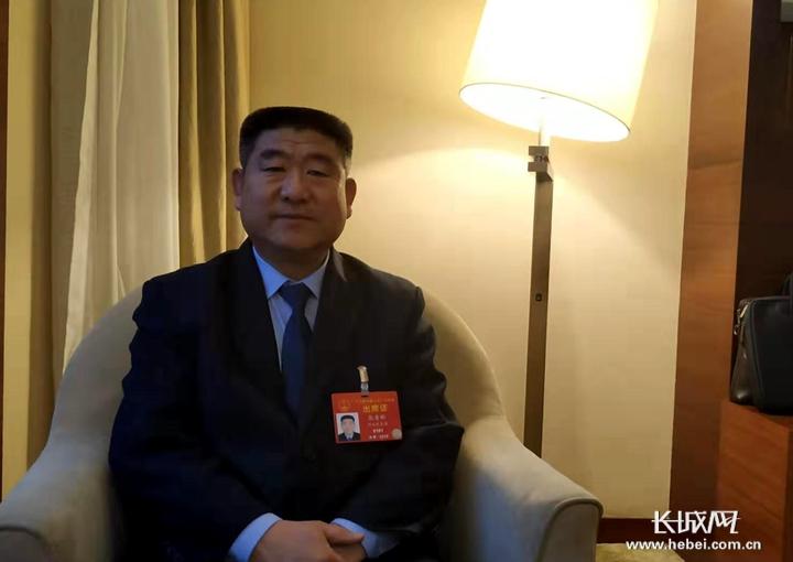 """張青彬代表:18年救助280余人的""""活雷鋒"""""""