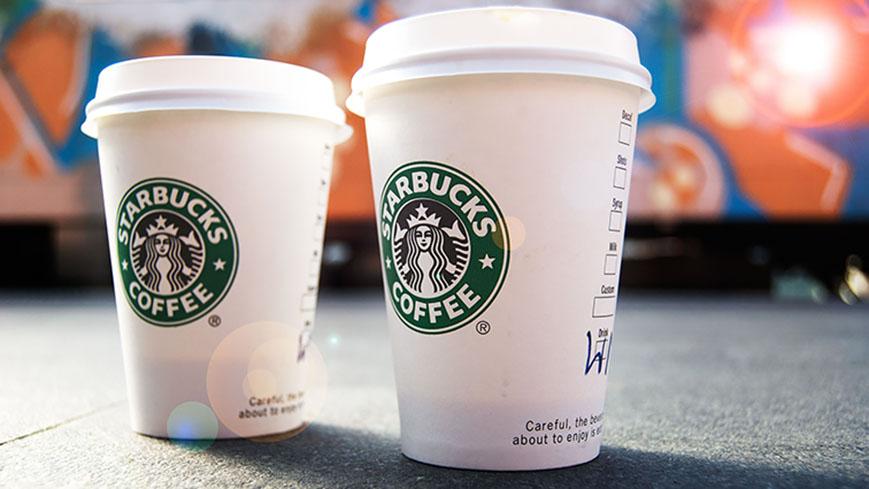 制售假冒星巴克咖啡窝点被警方捣毁