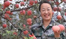 郭素萍: 推廣新技術幫農民脫貧奔小康