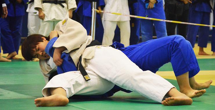 【高清图组】二青会柔道暨中国式摔跤选拔赛上演精彩对决