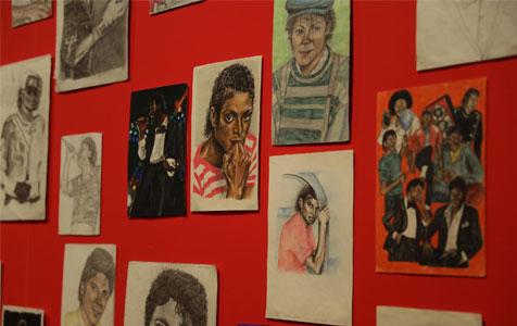 德国举办迈克尔·杰克逊艺术展预展活动