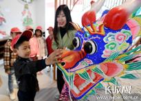 安次区组织小学生参观中国风筝小镇