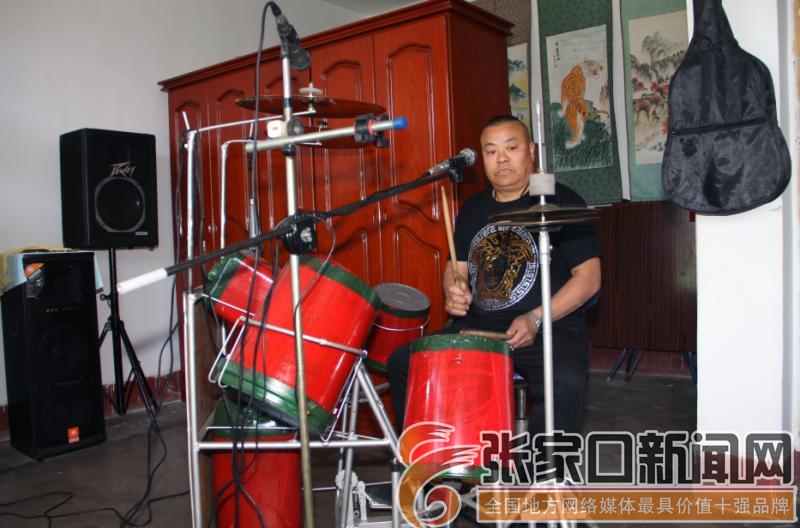 樊士春:让农民文化生活活起来