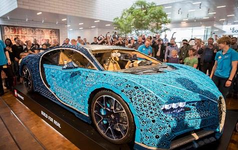世界首辆真正带引擎的乐高汽车亮相丹麦
