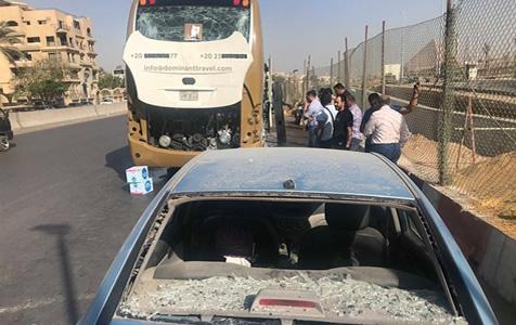 埃及一旅游巴士遭爆炸袭击