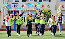 秦皇島:學生居民彩繪風箏迎端午