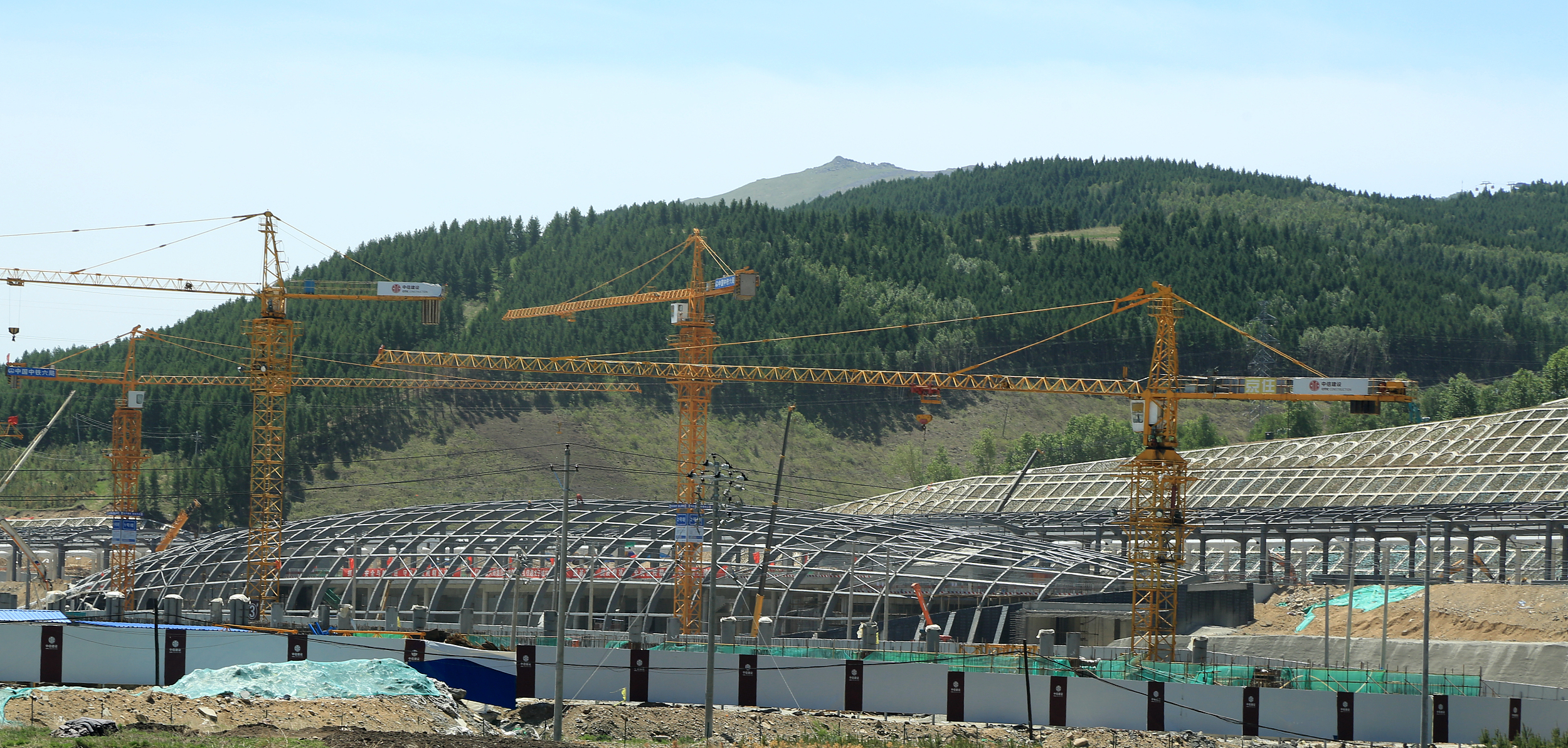 河北张家口:崇礼太子城冰雪小镇加紧建设